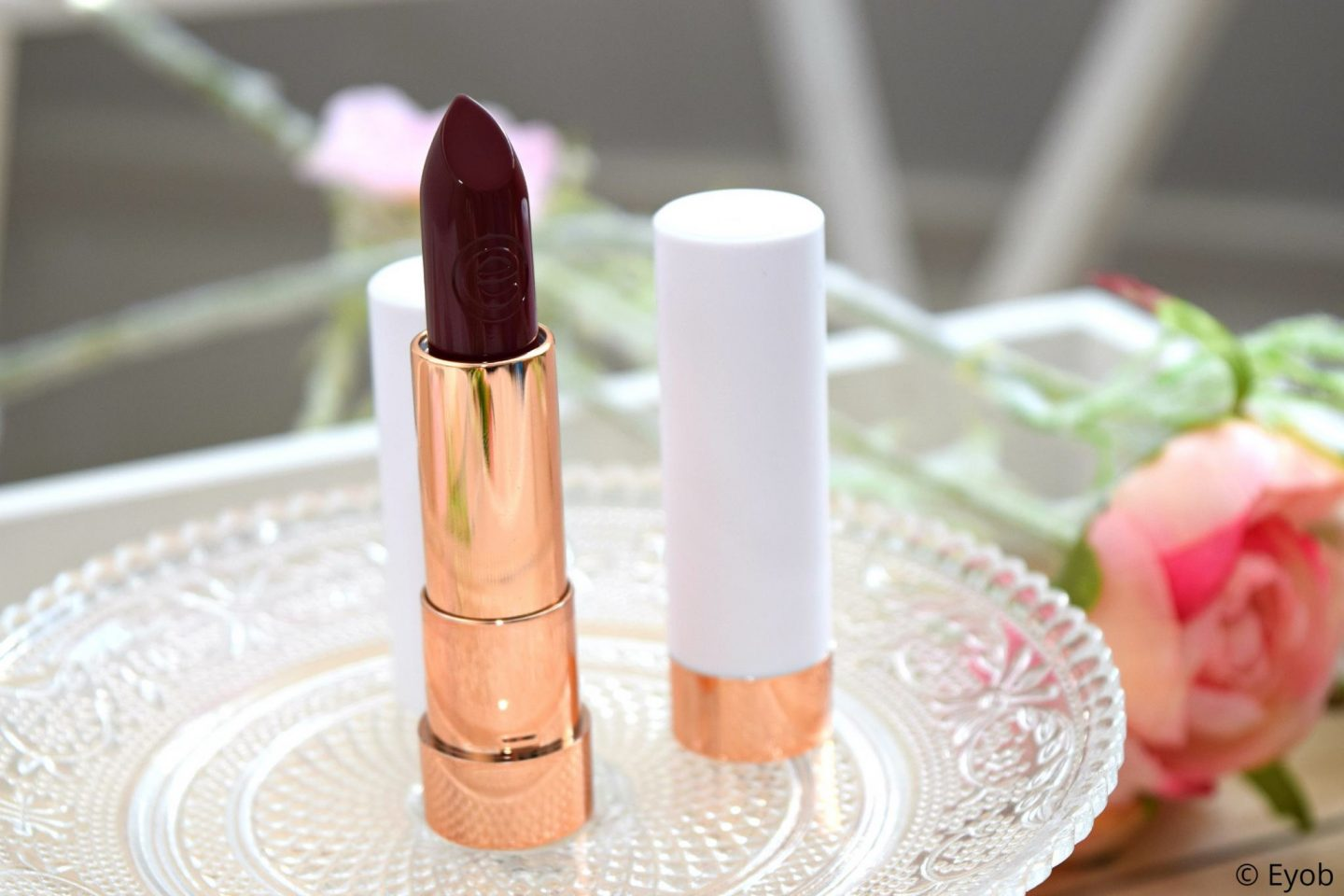 This is me lippenstift van Essence (review)