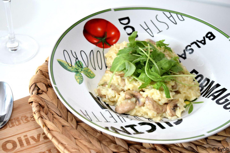 Romige risotto met champignons en knoflook