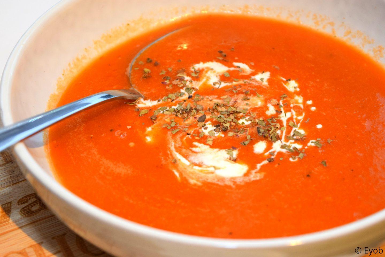 Verse tomatensoep met Romatomaten