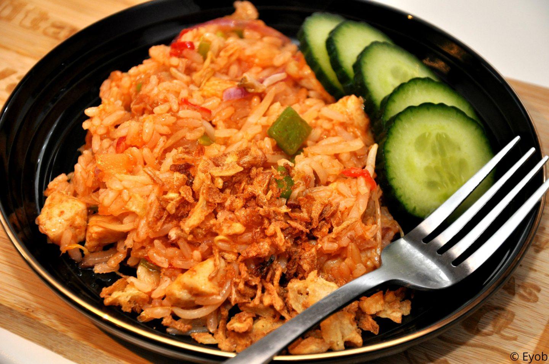 Zoete rijst met Thaise groente en blokjes kip