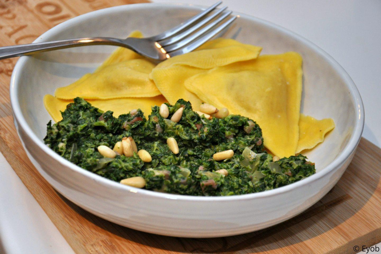 Ravioli met spinaziesaus