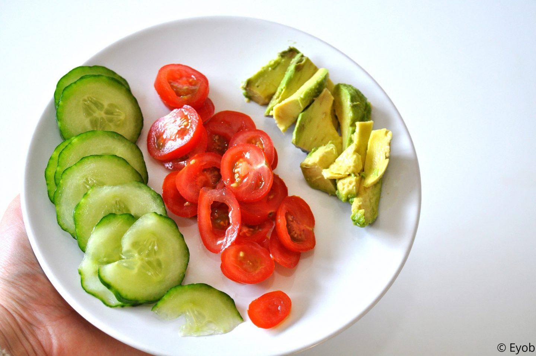 Gevulde wrap met vissticks, spinazie en ravigotesaus