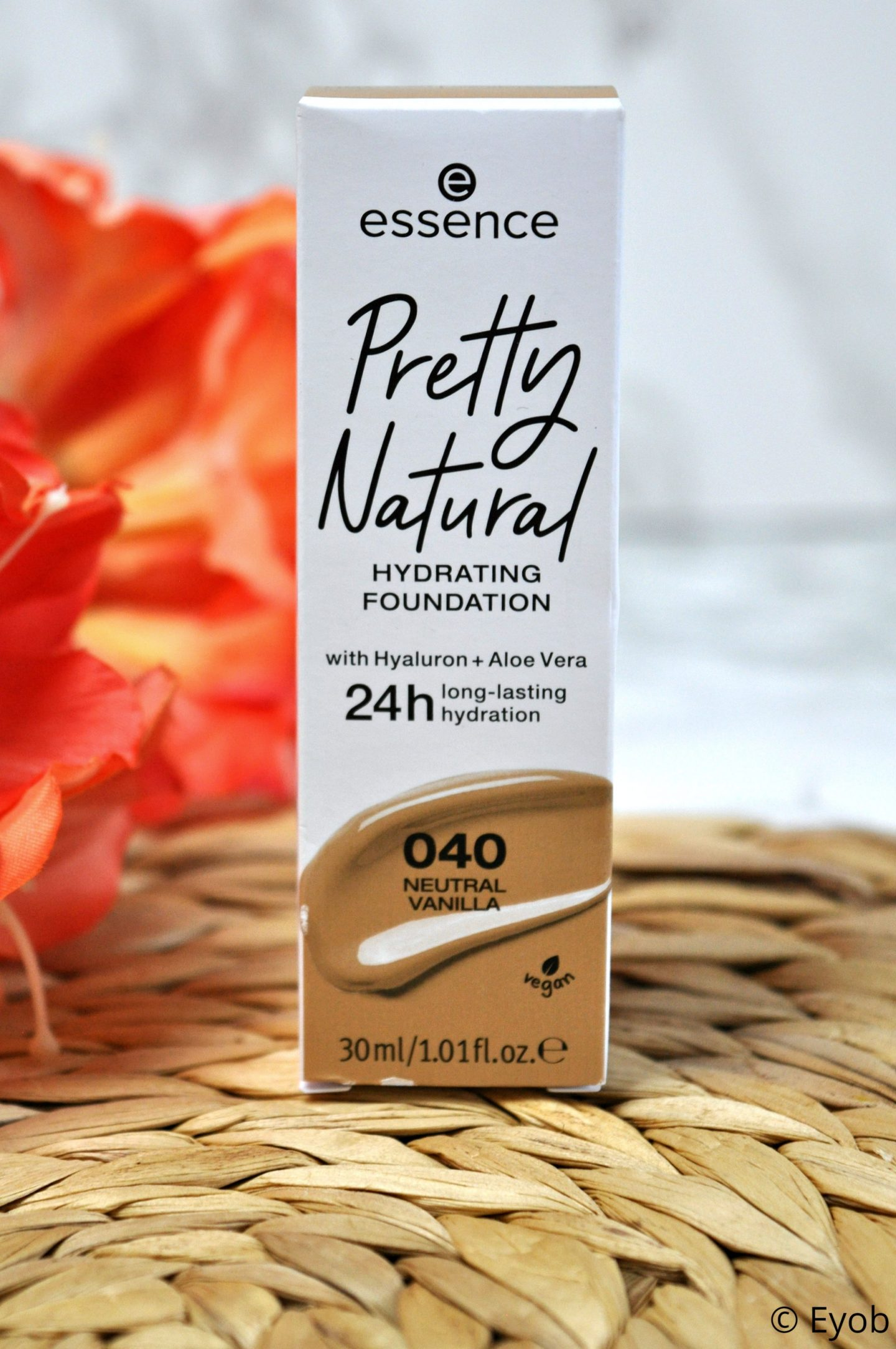 Essence Pretty Naturel Hydrating Foundation – Review