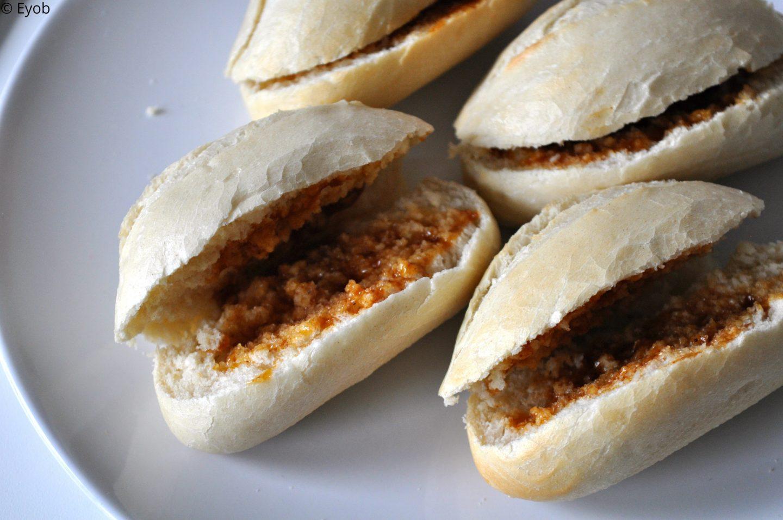 Ovenbroodjes met kaas en bacon